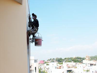 Thợ sơn nhà tại Hà Nội có tay nghề cao